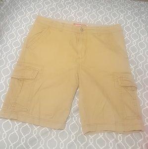 Khaki Unionbay shorts